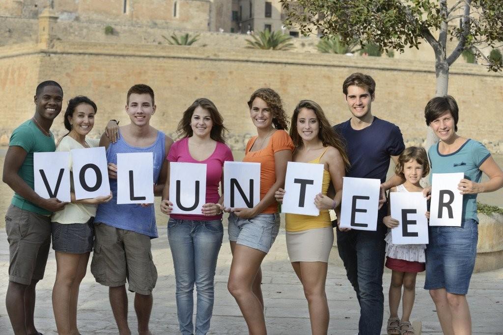 Volunteer-1024x683
