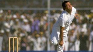 30 Oct 1987: Abdul Qadir of Pakistan bowls during the World Cup Match against the West Indies at the National Stadium in Karachi, Pakistan. Mandatory Credit: Allsport UK /Allsport