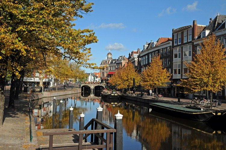 Looking for a different holiday experience? Backpack through Amsterdam!