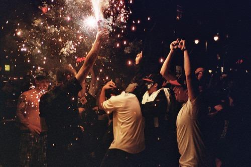 friends-lights-party-Favim.com-310547