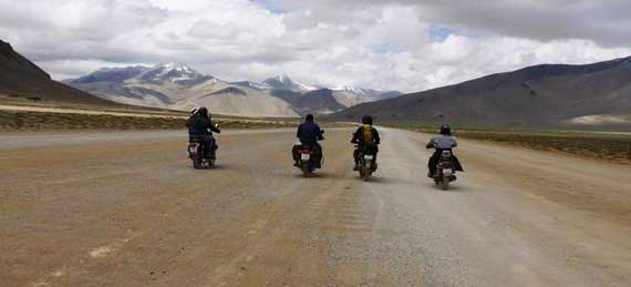 motor-biking-expedition-ladakh