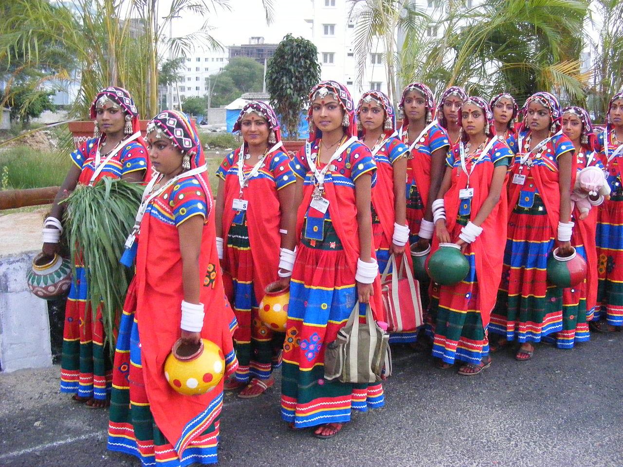 banjara_lamadi_or_lambani_tribe_in_andhra_pradesh_dscf7370_4