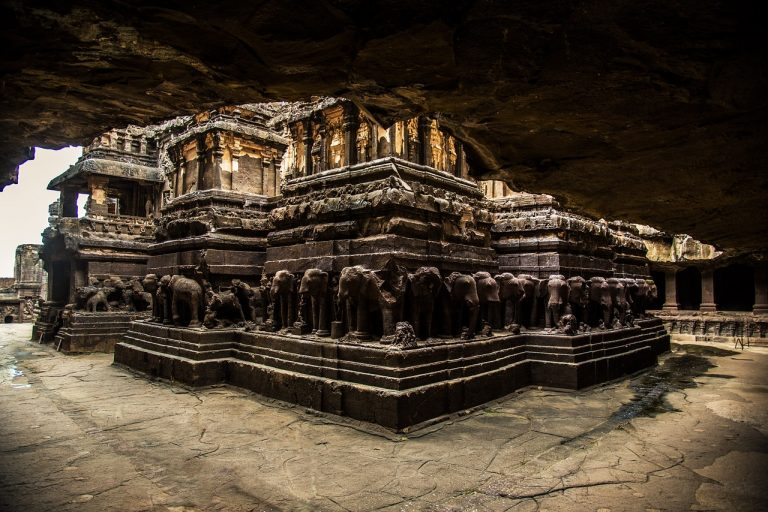 5 Examples Of Rock Cut Architecture In India