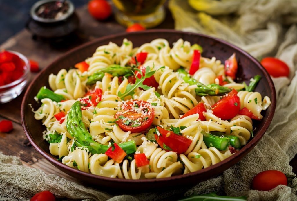 asparagus and sweet pepper