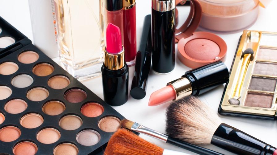 Top 10 best cosmetic brands in India