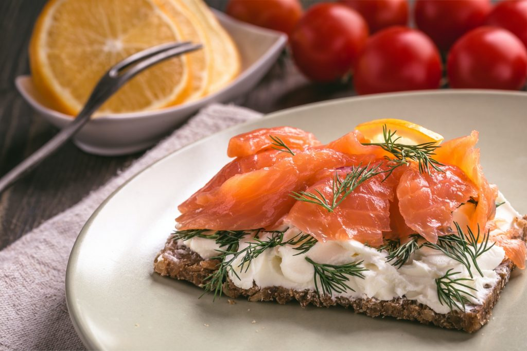 Smoked salmon sandwich with cream cheese