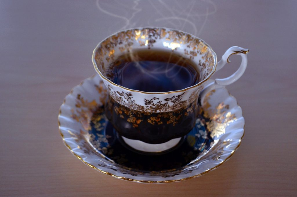 This image has an empty alt attribute; its file name is tea-1170554_1280-1024x682.jpg