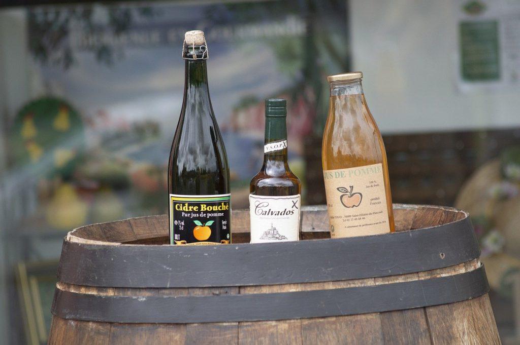 apple cider vinegar in sealed glass bottles