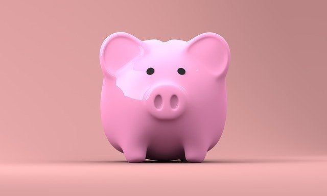 This image has an empty alt attribute; its file name is piggy-bank-2889042_640.jpg