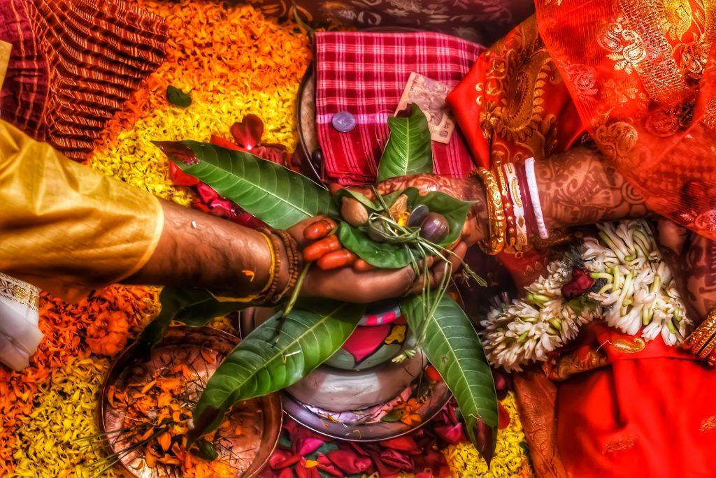 Indian Hindu Bengali marriage ritual...
